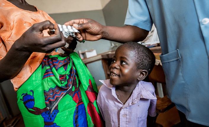 Weltweit leben 1,8 Millionen Kinder unter 15 Jahren mit HIV