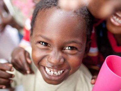 Kindernothilfe: Stadtleben ist für Kinder Himmel und Hölle